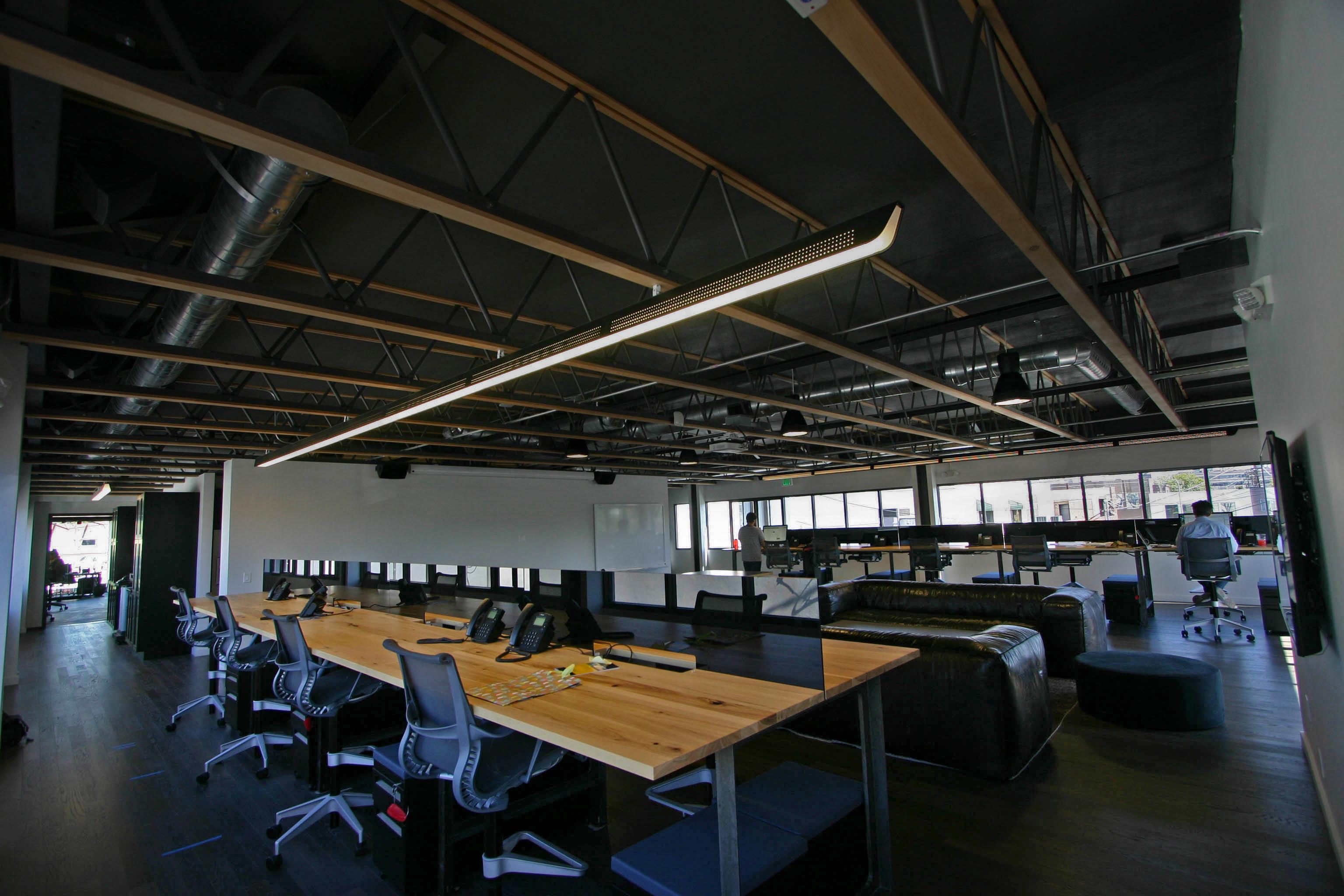 Mercer Vine, David Vincent LLC, Phillips jump lighting, pendant led, led office lighting