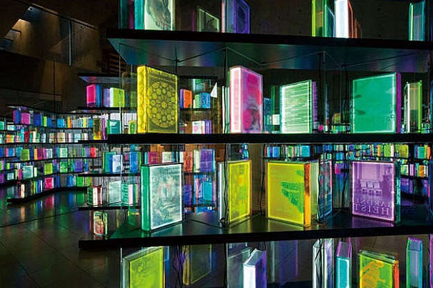 LED-Digital-Book-Installation-4