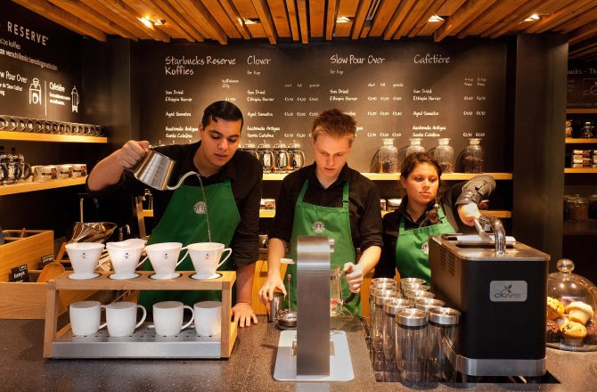 5 Lighting Design Tips from Starbucks' Directors of Store Design