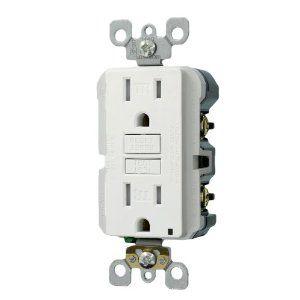 Leviton X7599-3W 15-Amp 125-Volt Tamper Resistant SmartLockPro Slim GFCI Receptacle, White